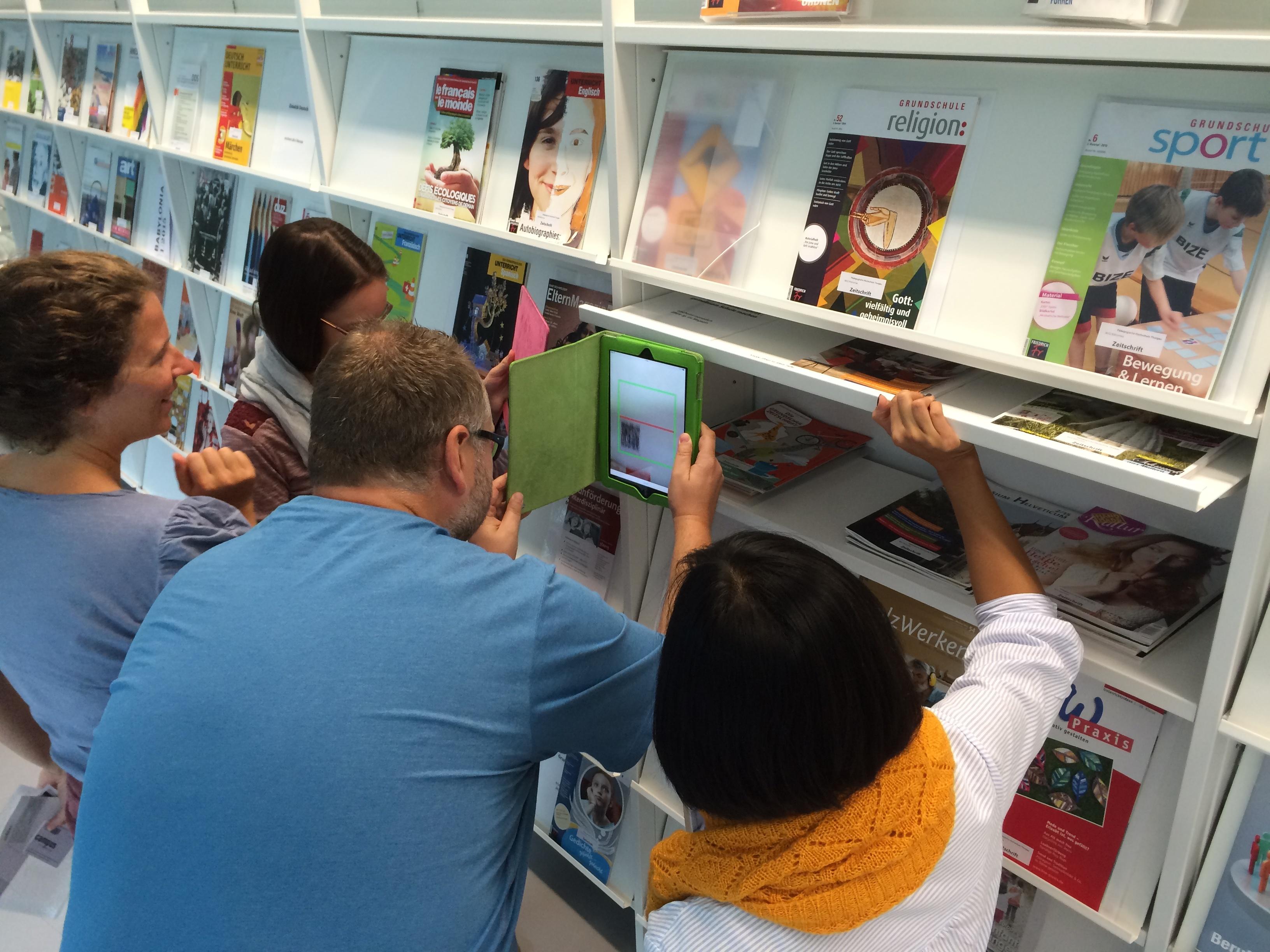 Macht Spass: Actionbound für Handy- und Tablet-Rallyes zur Erkundung von Bibliotheken.